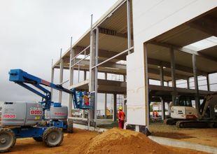Montáž ocelové konstrukce pro opláštění stěn