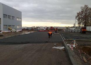 Pokládka betonové zámkové dlažby