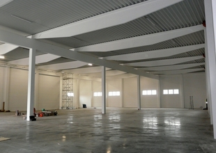 Interior of the new warehouse - finishing work
