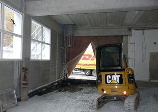 Práce uvnitř přístavby