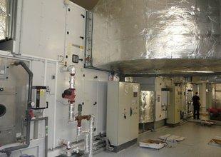Konečné zaregulování přemístěných klimatizačních jednotek